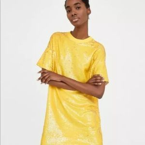 Zara sequin yellow mini Size M-NWT
